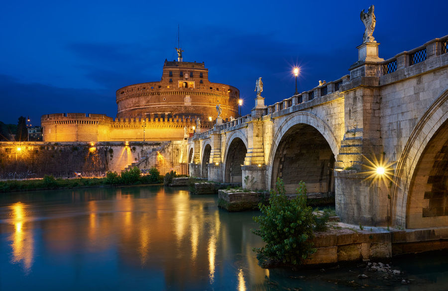 """I'd like to have enough time and quiet To think about absolutely nothing, To not ever feel myself living, To only know myself in others' eyes, reflected."" ― Alberto Caeiro, The Collected Poems of Alberto Caeiro Architecture Bridge Building Castle Castle Sant'angelo City Cityscape Columns Europe Fortress History Italia Italian Italy Night Nightscape Ponte Sant'Angelo Reflection River View Roma Rome Sant Angelo Statues Tiber Travel The Architect - 2017 EyeEm Awards"