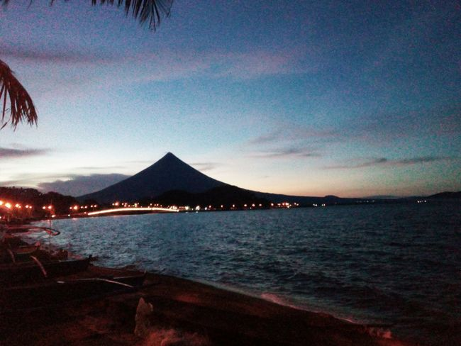 Beauty In Nature Water Outdoors Sky Scenics Sunset Perfect Cone Mayonvolcano Legazpiboulevard Legazpi City Phiippines EyeEmNewHere