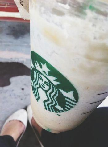 frapp time! :) Starbucksphilippines Favotite Vintagefilter Happykiddo Starbucks #coffeelover Caramel Frappè