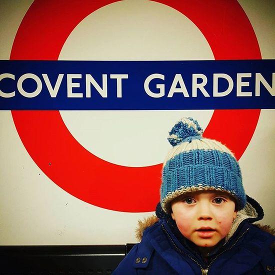 Tourist. Cute Toddler  Child Underground Tube Tfl Coventgarden Bobblehat