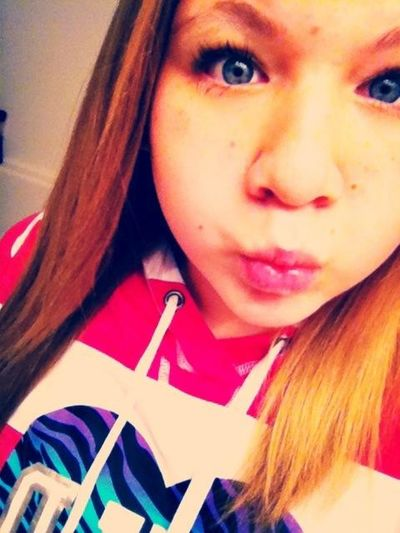 Uglyy (x But Idgaf ! School I Go -___-