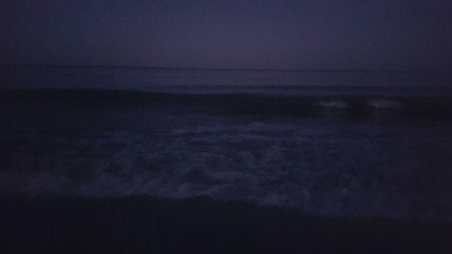 Beach Night Dusk Dusk At Sea Horizon Over Water Low Light Night Scenics Sea At Night Sea Waves Tranquil Scene