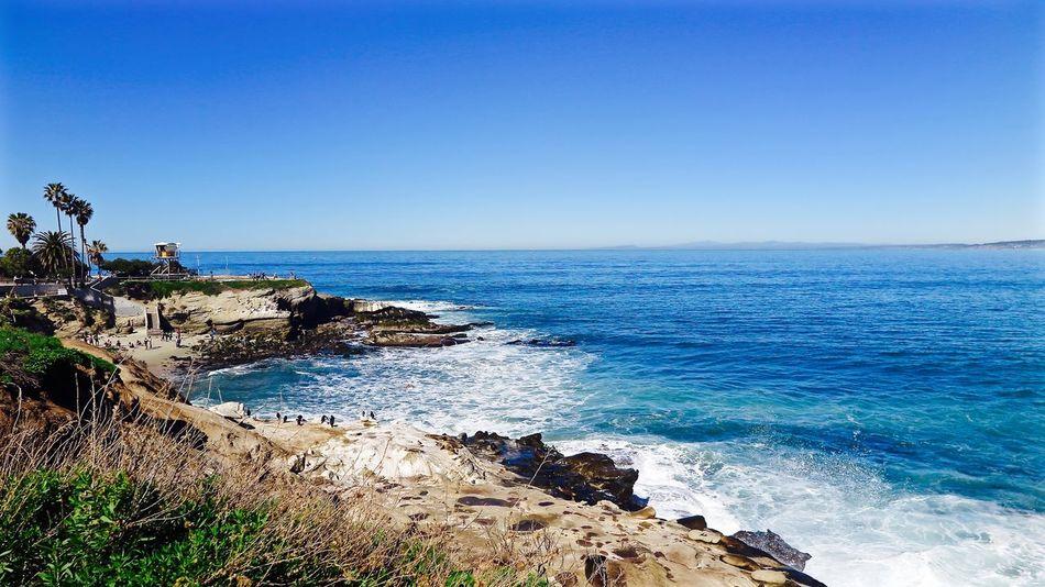 Breathtaking landscape of La Jolla California Feeling California Love Coastline Horizon Over Water La Jolla Cove Landscape Outdoors Rock San Diego Summertime Sunnyday☀️ Tranquility Wave Waves