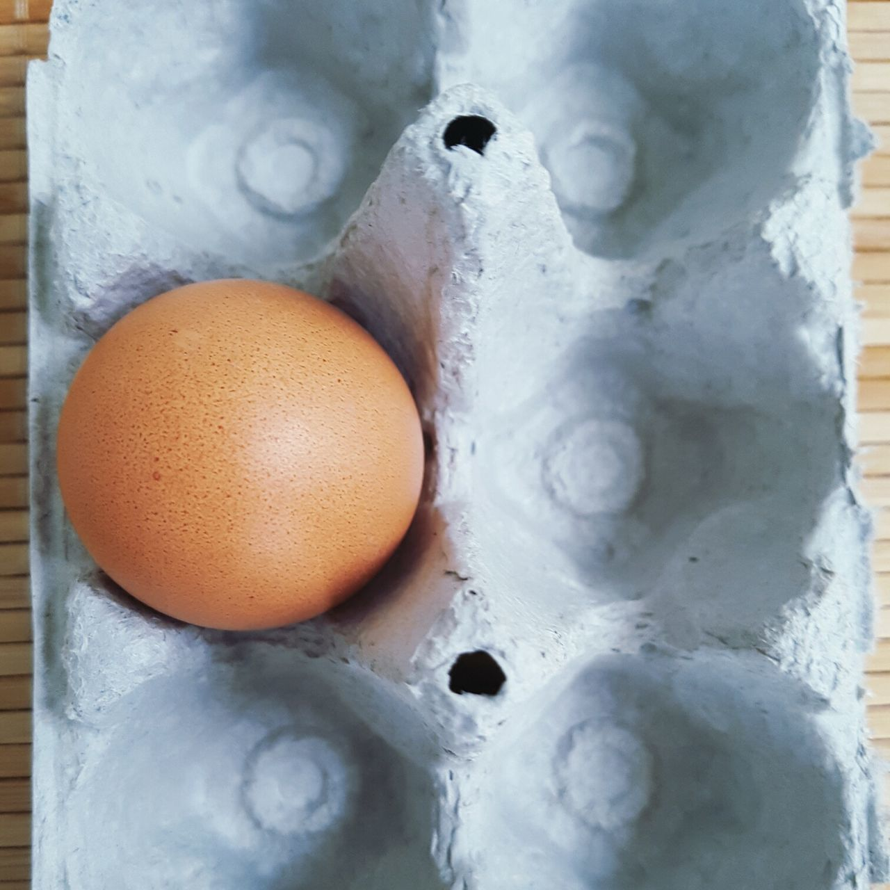 egg, close-up, no people, egg carton, food and drink, indoors, food, egg yolk, healthy eating, freshness, fragility, day
