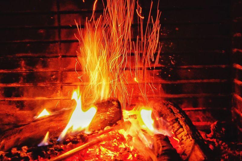 Fuego Chimenea Llardefoc