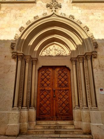 Religion Church Place Of Worship History Door Bas Relief Ornate Architecture Built Structure Closed Door Entry Front Door Historic Entrance Closed Doorway