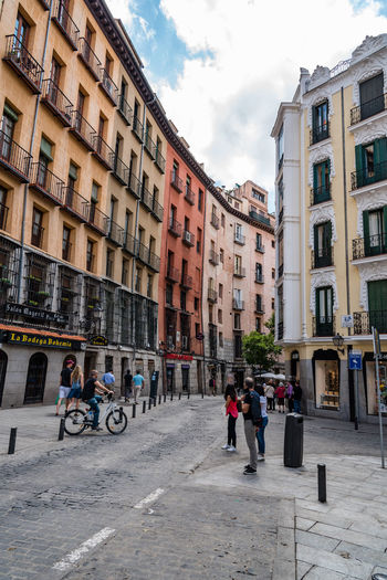 Cuchilleros street in city centre of Madrid City Cityscape Madrid SPAIN Travel Architecture Building Building Exterior Built Structure City Cloud - Sky Cuchilleros Day Group Of People Incidental People Outdoors People Real People Residential District Sky Street Transportation Urban Women