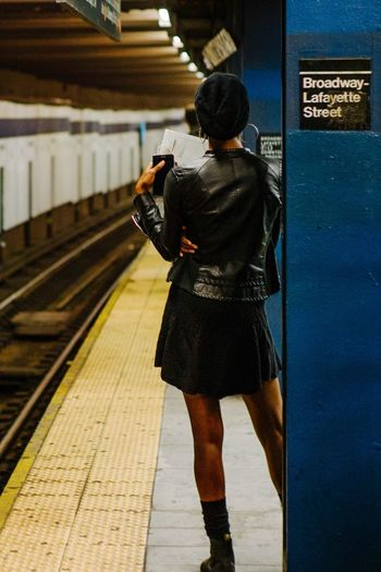 Well Turned Out Up Close Street Photography Girl Subway New York New York City Manhattan Fashion Urban The Street Photographer - 2016 EyeEm Awards Colour Of Life