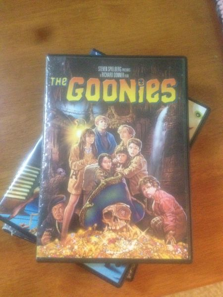How to forget this famous movie?😜 THE Goonies Famous MOVIE Classic Chilhood Movies 1985 Memories Watching A Movie Good