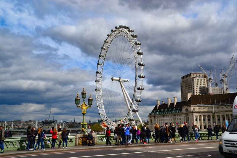 London Ferris Wheel Cloud - Sky Amusement Park Arts Culture And Entertainment Large Group Of People Big Wheel Outdoors People