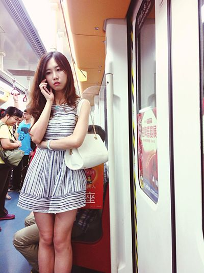 Taking Photos Streetphotography The Street Photographer - 2015 EyeEm Awards OpenEdit People Beauty Girl Chinese Girl Emeye_China Women Who Inspire You