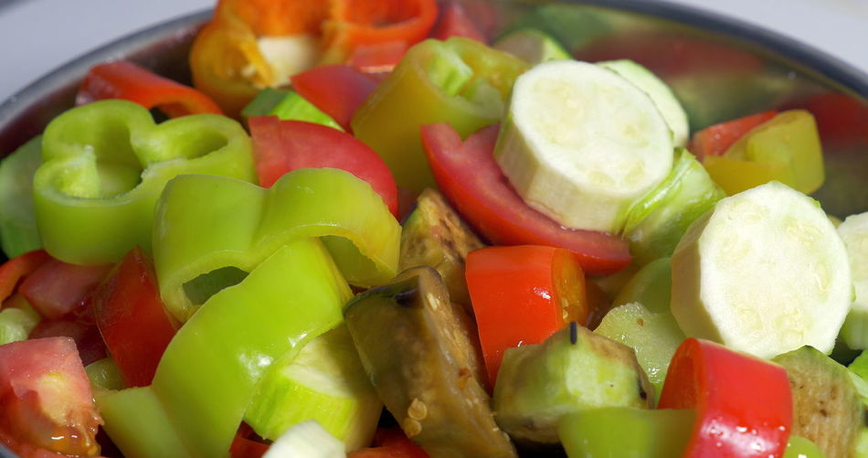 Close-up of chopped vegetables in bowl