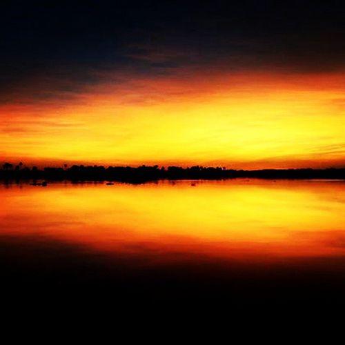 Sunrise Pantanal Great_captures_paraguay Chaco Rioparaguay Pantanalparaguayo Colors Sky Simetria Nature Nature2000 Naturelovers