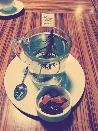 çay Maviçayı mavi çayın özellikleri merak ediyorsanız netten araştırın derim...icmenizi tavsiye ediyorum :)