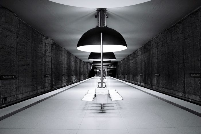 Westfriedhof München Atmosphere Trainstation Underground Station  Tracks Urbanphotography Subway Indoors  Ceiling Illuminated Built Structure Architecture No People