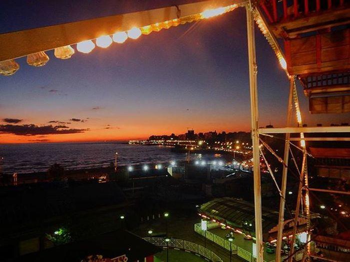 Sigue girando... Montevideo Colours City Sunset Sunset_madness Sunsetlovers Super_photosunsets Splendid_horizon Sunsetfizz Sunset_vision Sun_and_beach_sb Sky_brilliance Sky_sultans WORLD_BESTSKY World_bestsunset Worldbestgram Fotos_inspiradoras_ Worldparadise .bb Audiovisualuruguay Uruguayst_america2 Uruguay_estrella Uruguaynatural Barriosdemdeo Americasplendorosa Thisisamerica igersuruguay ig_americas portadaigers igers_uy