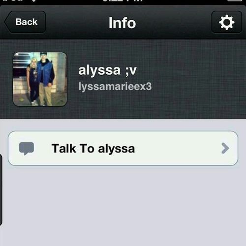 Its So Boringg Somebody Kik Me ?(: