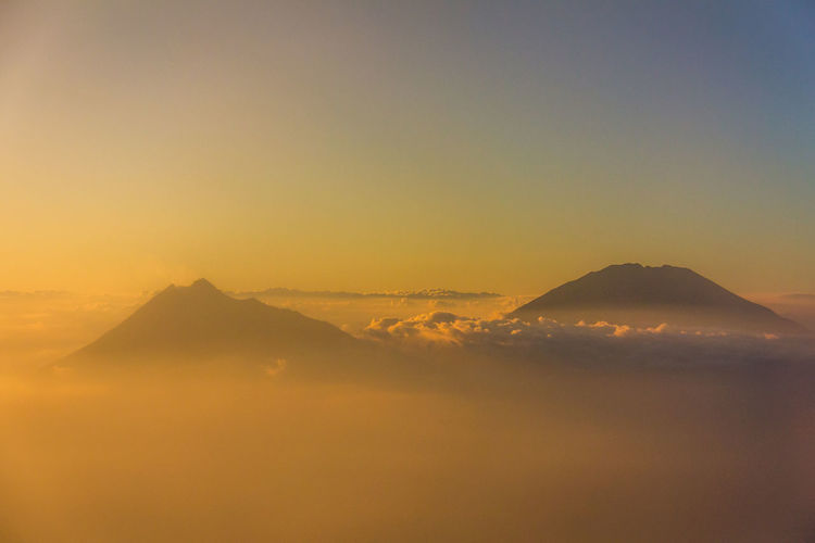 Bromo Sunrise Sunrise Agung Bromo Mountain Scenics - Nature Sky Tranquil Scene Beauty In Nature Tranquility No People Nature Copy Space Idyllic Sunset Non-urban Scene Environment Landscape Clear Sky Mountain Peak Mountain Range Majestic Travel Outdoors Snowcapped Mountain