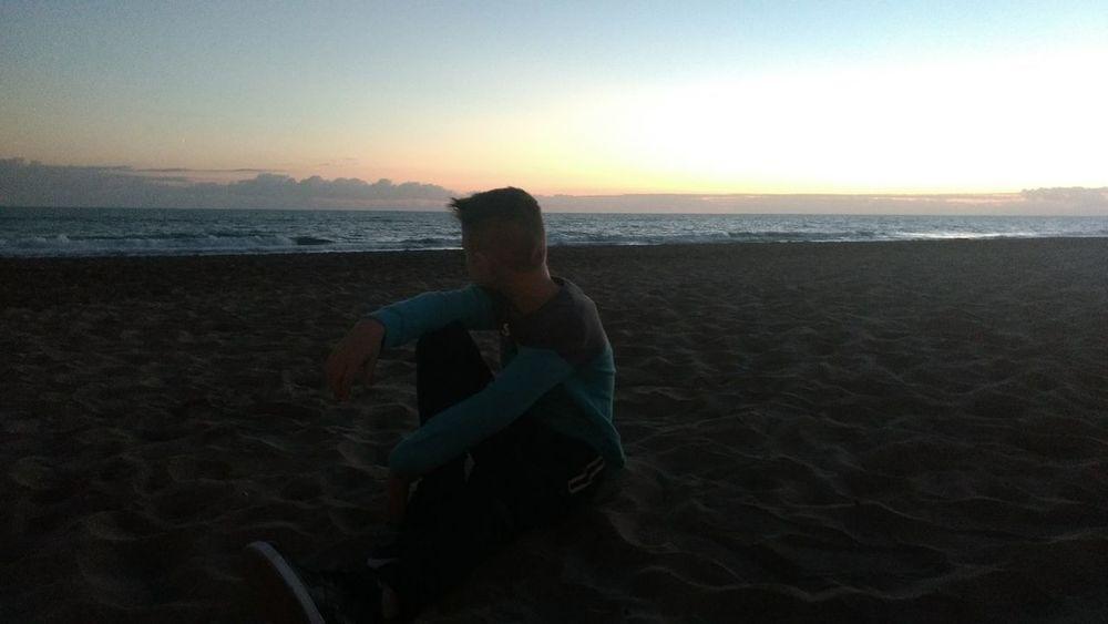 Atardecer Boy Water Sea Sunset Beach Standing Clear Sky Horizon Sky Horizon Over Water