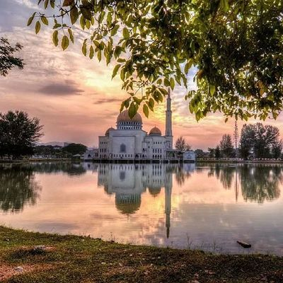 Masjid puchong Masjid Puasa Ramadhan Reflect hdr menunggu cantik meriah nature lake waiting tone sunrise windy cloudy awan yellow