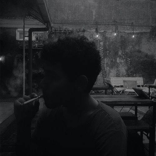 Relaxing Great Atmosphere Hanging Out Socializing Coffee And Cigarettes B&wportrait