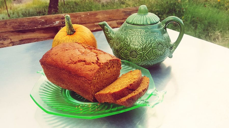 Harvest Rewards Pumpkin Fall Beauty Pumpkin Bread 😁😜😉 Food And Drink Bread Sweet Food Food No People Plate Indoors Dessert Ready-to-eat Garden Photography Pastry Antique Plate Table High Angle View Close-up Teabag Prepared Food Herbal Tea Tea - Hot Drink Chinese Tea Teapot Afternoon Tea Mint Tea Tea Leaves Green Tea Black Tea Pastry Still Life Served