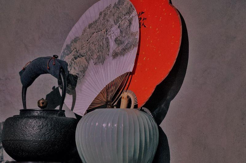 画扇 Circular Fan Creativity Art And Craft No People Indoors  Representation Wall - Building Feature Sphere Close-up Nature Design Digital Composite Night Holding Human Representation Shape