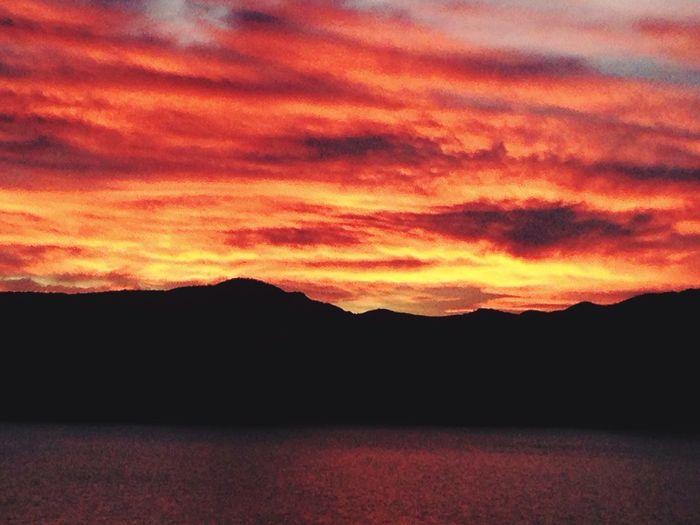 Atardecer #sun Lago Relaxing Lagosphoto Lagos Montana Patagonia Patagonia Argentina