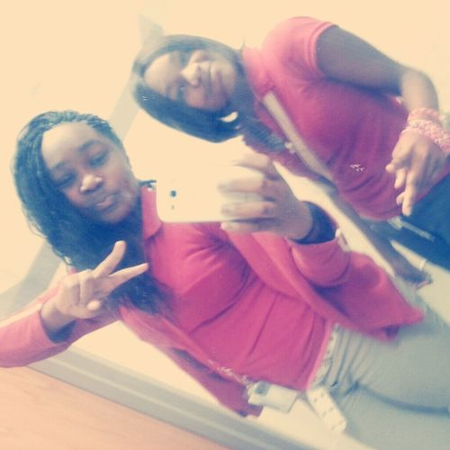 Meh Nd Roneshia Thuggin Though B Lunch Old But Kute