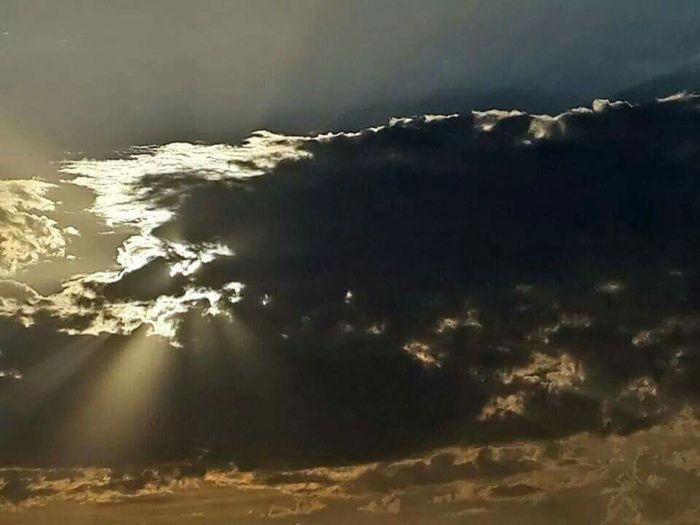 The war of Clouds & Sun