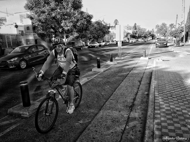 Vida Saludable Transportation Bicycle People Photographer One Person Urban Art Urban Day Real People First Eyeem Photo Photo Photographie  Guadalajara Guadalajara Jalisco Photography Photos Blackandwhitephotography Black And White Photography Blsckandwhite Adult B&w Black & White Blake_and_white Men Street