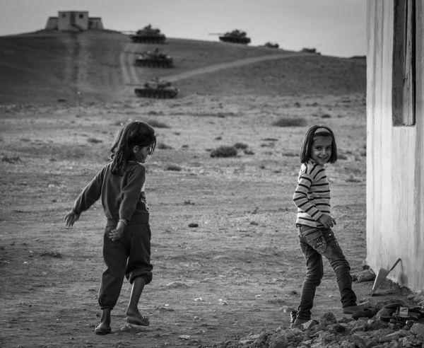 Children and tanks. Turkey Syria  border, October 2015. Fujifilm Black And White Monochrome Black And White Collection  War