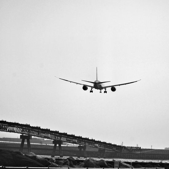 Streetphoto_bw Black And White Blackandwhite Cityscapes Cityscape Urban Escape Urbanscape Airplane Airport