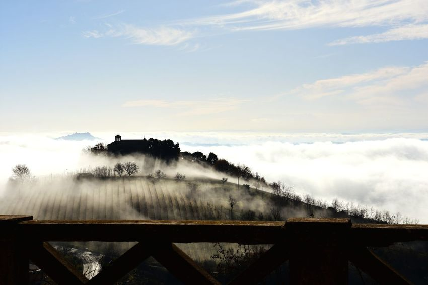 Nebbia. Fog Cloud - Sky No People Architecture Winter Day Nature