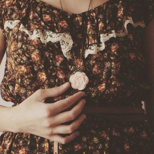 Vintage Rosé Necklace Romantic Shabbychic Mori Flowers Handmade Lace