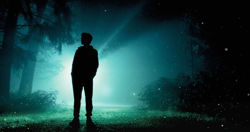 Mid-night, holy light. Night Standing Photography Landscape Lifestyles Shadow Shadows & Lights Standing Nightphotography Night Lights Night Scenics Tranquil Scene Full Length Illuminated Nature Nature_collection Man And Nature Men Blue Light Light And Shadow Dark Darkness And Light Darkness Art