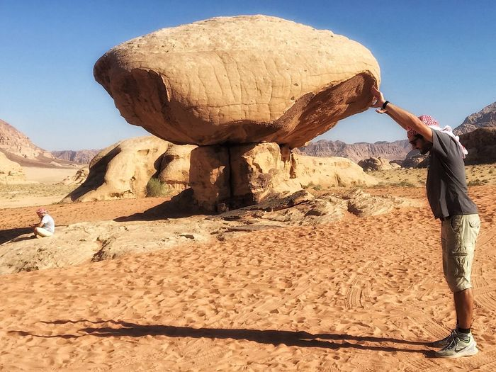 when i say one more upload photo my brother's want to do this 😱 Photooftheday Photooftheweek Wadirum Desert Brothers Holiday Safari