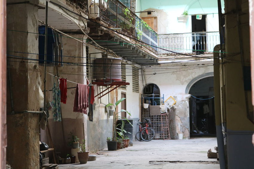 Havanna, Cuba Architecture Building Exterior Built Structure Chores Clothesline Cuba Day Drying Hanging Havanna Historical Building Hygiene Indoors  Kolonialstil Laundry No People Old Havanna The Architect - 2017 EyeEm Awards The Street Photographer - 2017 EyeEm Awards Neighborhood Map Live For The Story