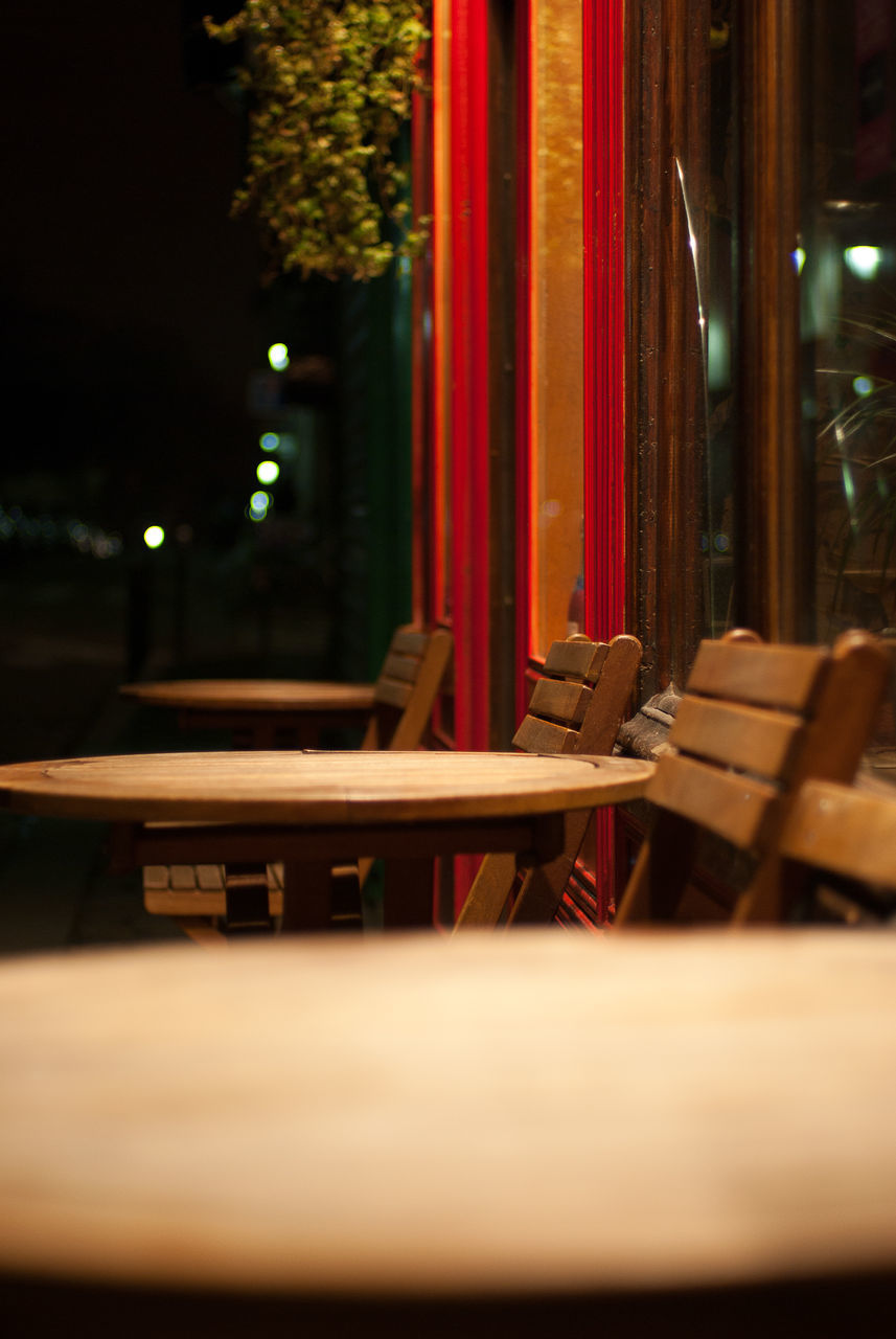 table, no people, indoors, night, close-up