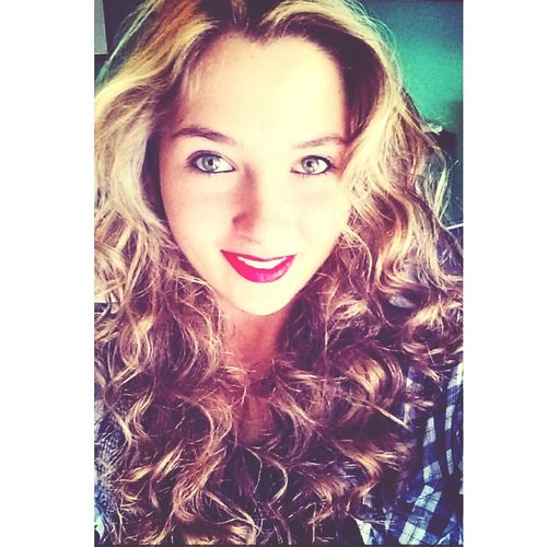 Selfie. Selfie Peoplephotography Hairstyles Curly Hair!