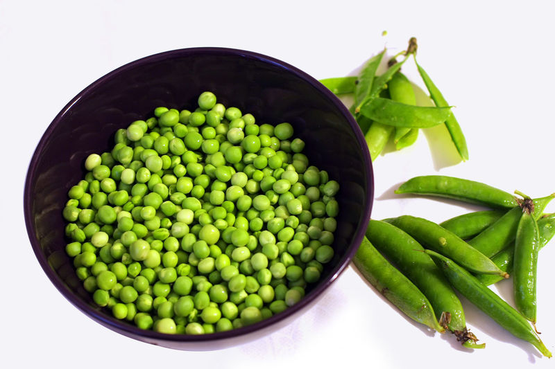 Bowl Close-up Food Freshness Green Green Color Healthy Eating No People Organic Pease Remove Shell Shell Peas Still Life Studio Shot Vegetables