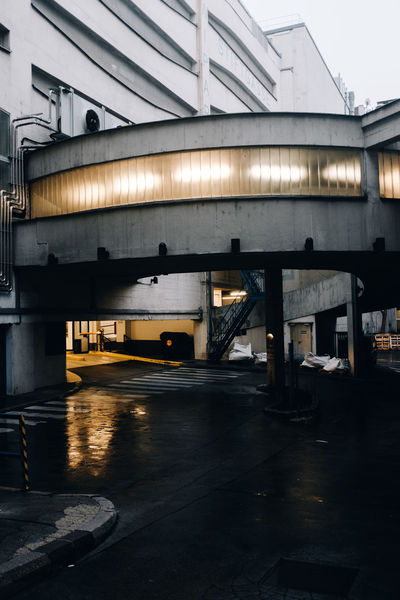 ✖️ Bridge - Man Made Structure Transportation Business Finance And Industry Day Outdoors City Parking Garage