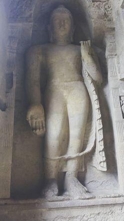 Buddhastatue Huge