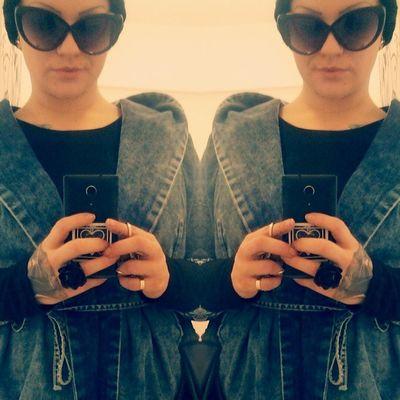Fashion Lifestyle Mystyle Sungkasses jeansparkatattootattooedhandfuckingawesomegreatnesssunnydayblackrose