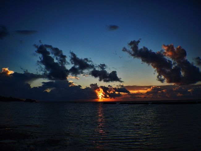 Been There. Sunset Sky Nature Scenics Beauty In Nature Sea Tranquility Silhouette No People Water Outdoors Tranquil Scene Cloud - Sky Day Maldives Kuredu