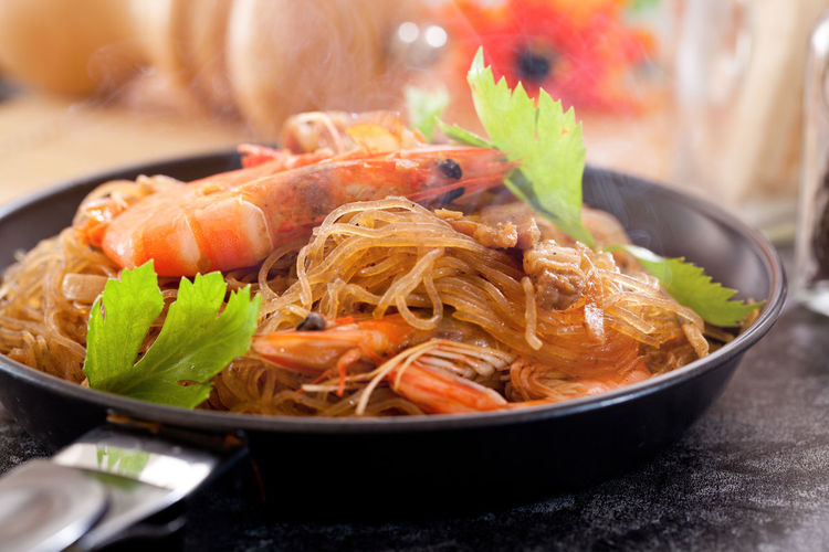 Cooking Noodles Shrimp Asian Food Bowl Focus On Foreground Food Food And Drink Freshness Garnish Healthy Eating Indoors  Japanese Food Korean Food Meat Plate Seafood Serving Size Table Tray Vegetable Wellbeing