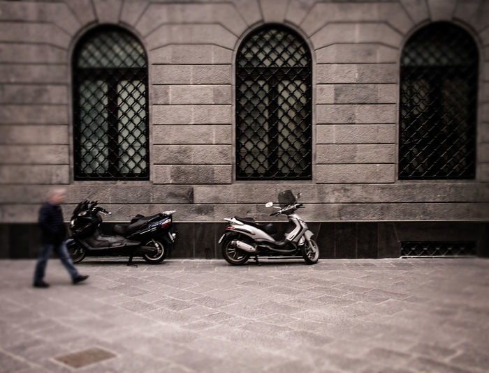 Plaza Sguarator Architecture Cloudy Day Cafe Citysacpe Mood Plaza Streetphotography Urbanphotography