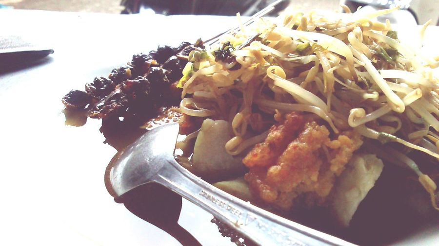 Lontong Balap. Indonesian Food Indonesianculinary Beansprout Yummyinmytummy