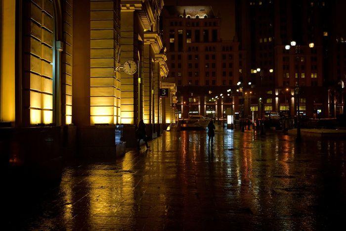 Москва вокзал город городскаяархитектура ночь_улица_фонарь ночной город дождливыйдень EyeEmRussianTeam