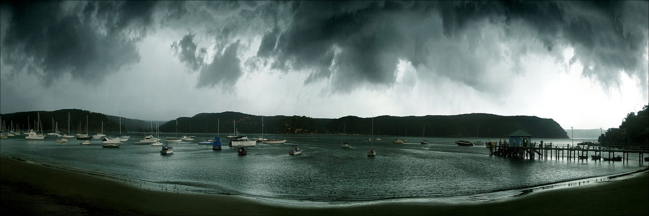 Pittwater Squall Boats⛵️ Moody Sky Atmospheric Mood Nature Squall Storm Jetty Moody Pittwate Sailing Boats Violence